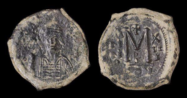 MAURICE TIBERIUS 582-602 AD Æ FOLLIS -0
