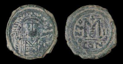 MAURICE TIBERIUS 582-602 AD Æ FOLLIS CONSTANTINOPLE 594 AD-0