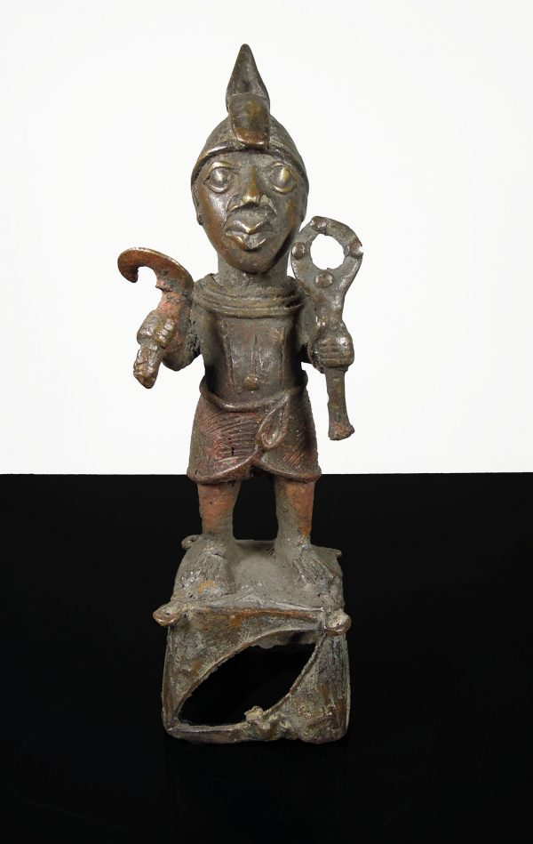 Benin. 1850 circa. Bronze statue of Ife Warrior. Finely decorated. -0