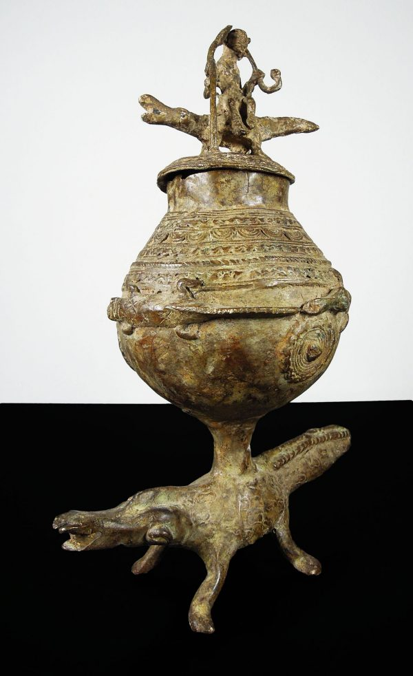 Mali Dogon people. Bronze votive cup ornated with lines and circles-0