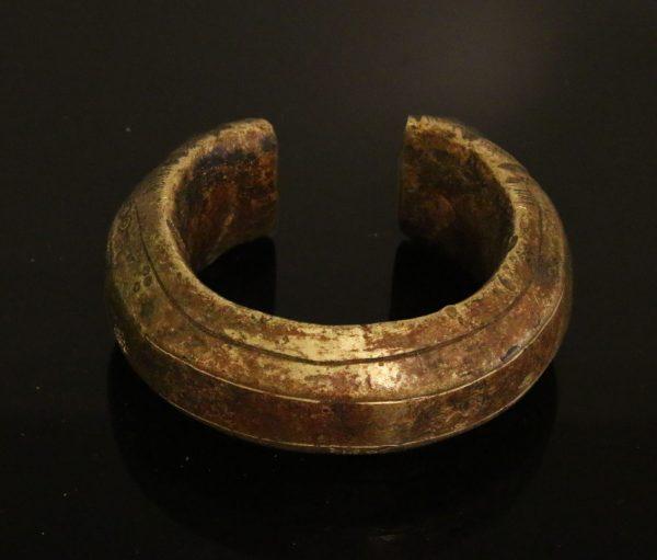 CONGO. Momi people. Bronze manilla bracelet 1800/1900 AD-0