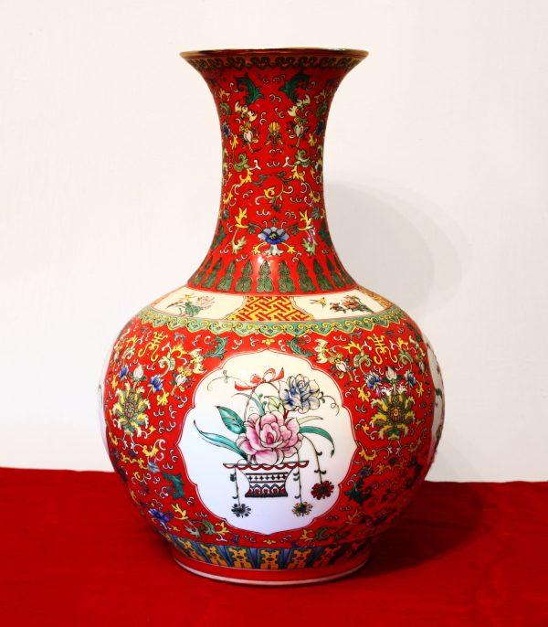 Chinese porcelain vase. Qianlong mark on the bottom side but later period, early MinGuo period 1912/1920 AD. Polished and fully decorated with flowers-0
