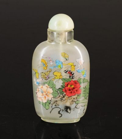 China. Qing dynasty. 1800 circa. Glass snuff bottle. Painted from inside-0